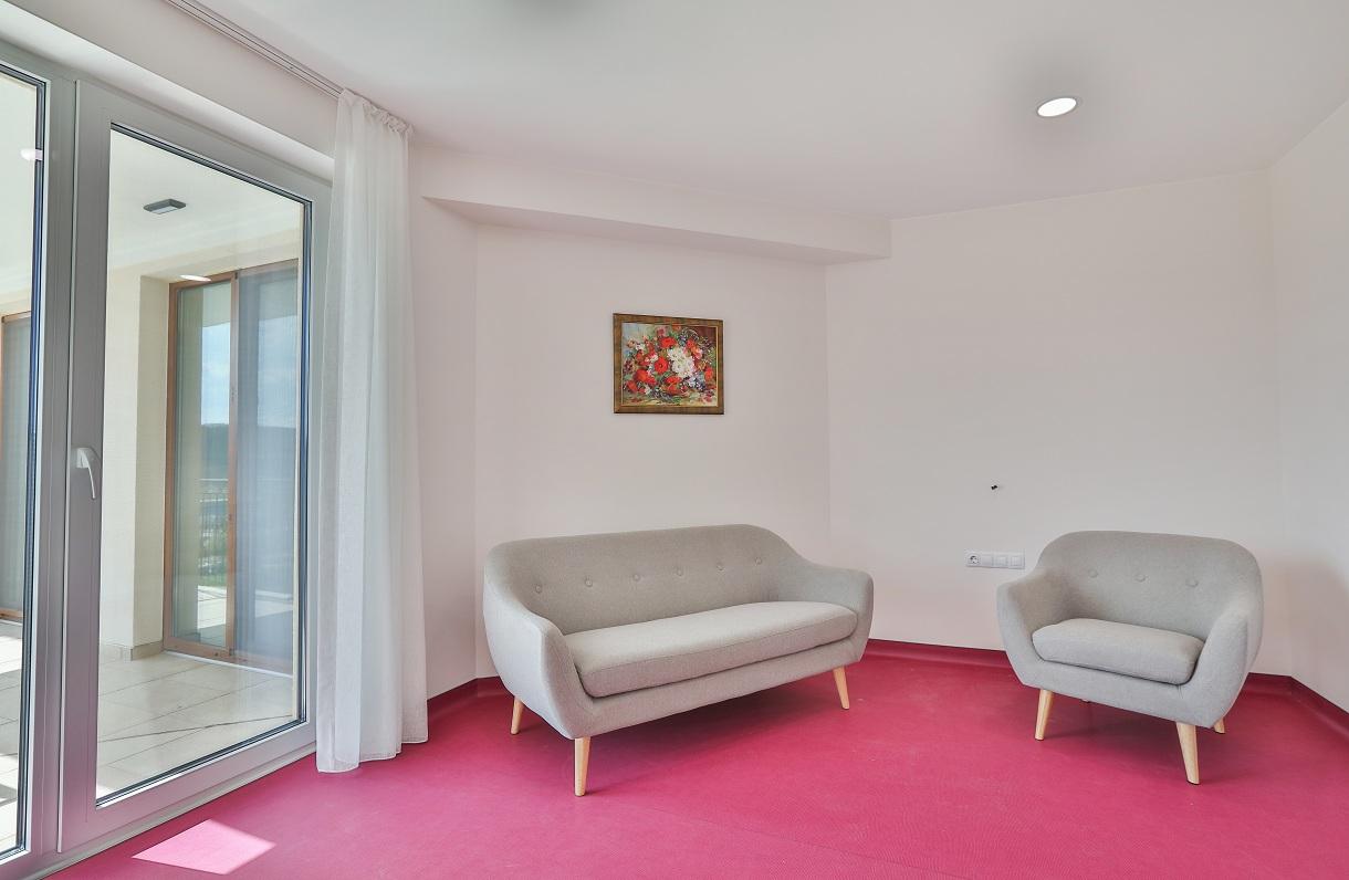 Апартамент в дом за стари хора